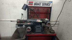 Brake lathe machine for brake repair